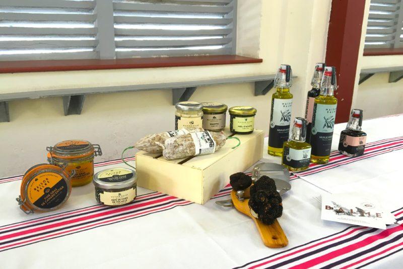 organisation arbre de noel pays basque bordeaux toulouse comité entreprise societe pays basque pere noel animations noel commercial point de vente agence evenementielle erronda pays basque