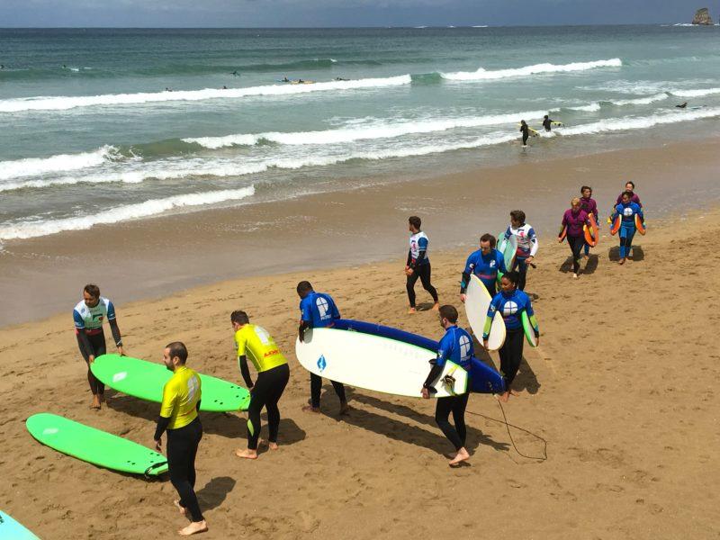 seminaire team building pays basque biarritz team-building-incentive-golf-sport plein air randonnee plage agence evenementielle pays basque erronda-cyclisme bubble foot paddle rafting surf