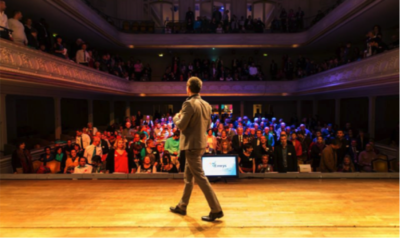 magicien intervention entreprise-consultant-consulting-conference profesionnelle coaching biarritz bordeaux toulouse agence evenementielle-erronda-pays basque saint sebastien