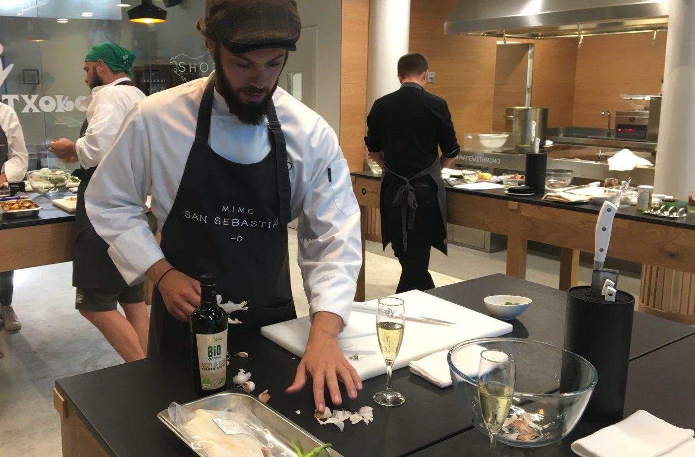 Seminaire incentive direction san sebastian saint sebastien team building cours de cuisine croisiere societe gastronomique agence voyage receptive evenementielle erronda