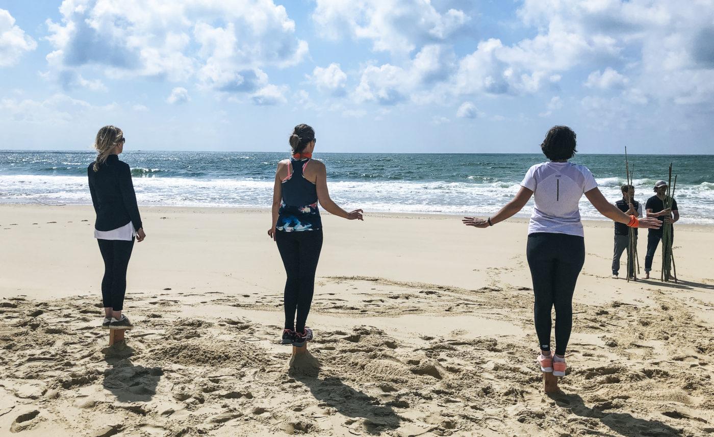 agence de voyage évènementielle pays basque landes Incentive nature foret plage Koh lanta team building yoga course d'orientation épreuve poteaux