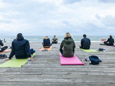 agence événementielle réceptive voyage pays basque erronda séminaire team building event saint jean de luz seminaire landes hossegor la vague yoga face à l'océan