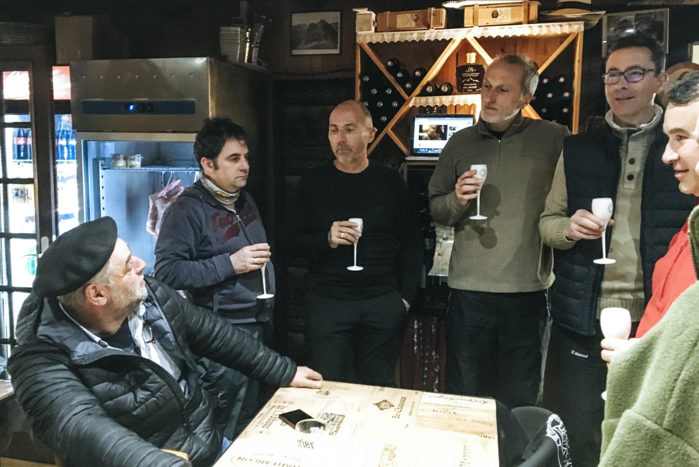 seminaire mongie pyrénées agence erronda tema building event pays basque voyage randonnée restaurant étape du berger eric abadie